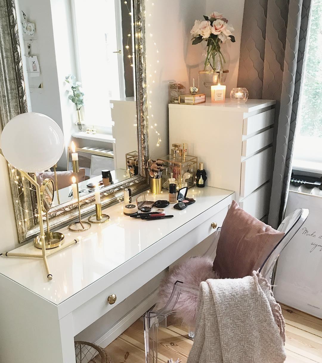 armlehnstuhl louis ghost sofas st hle sessel pinterest schlafzimmer schminktisch und tisch. Black Bedroom Furniture Sets. Home Design Ideas