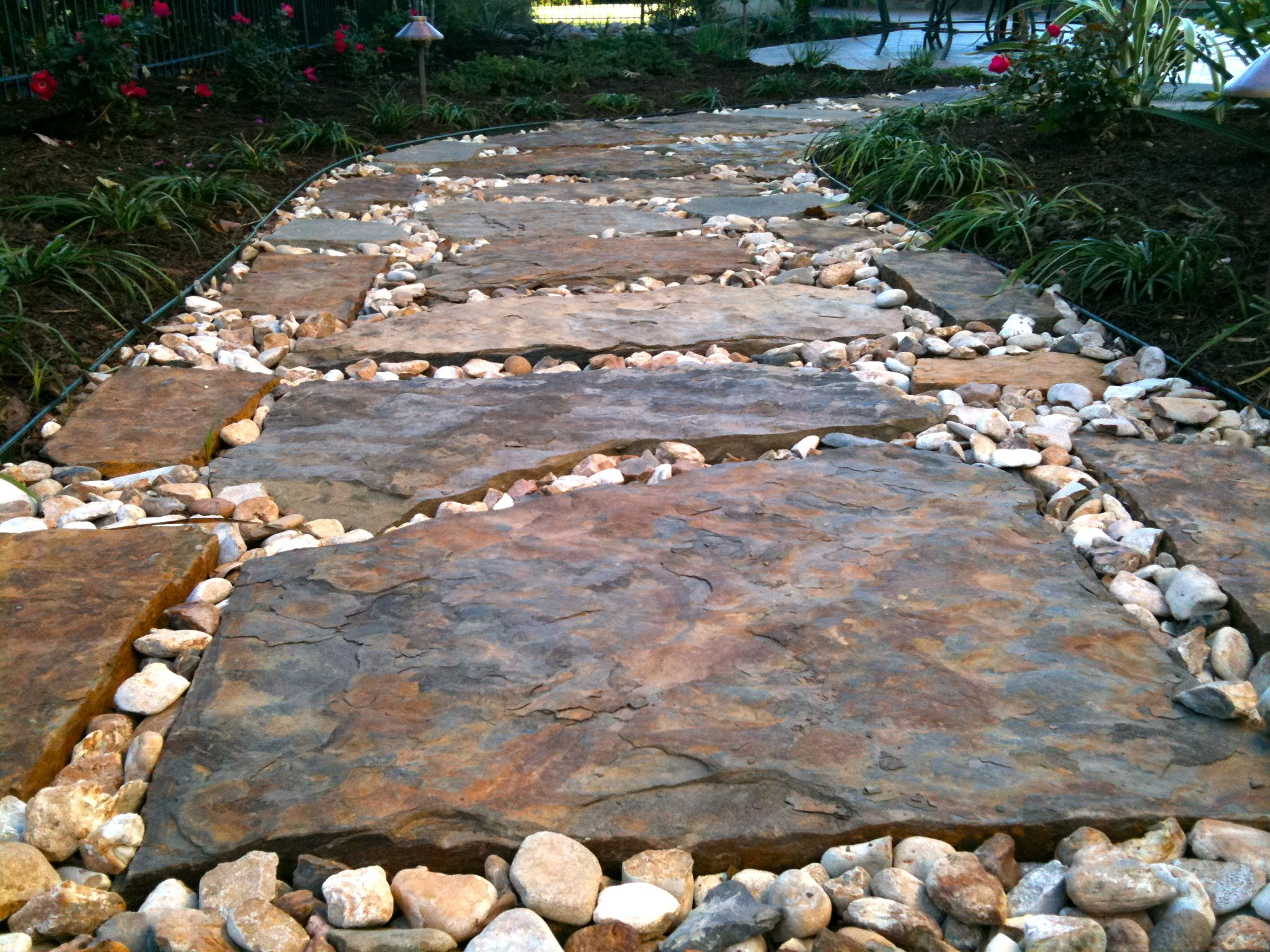 flagstone pathway greenscapes landscaping atx - Flagstone Walkway Design Ideas