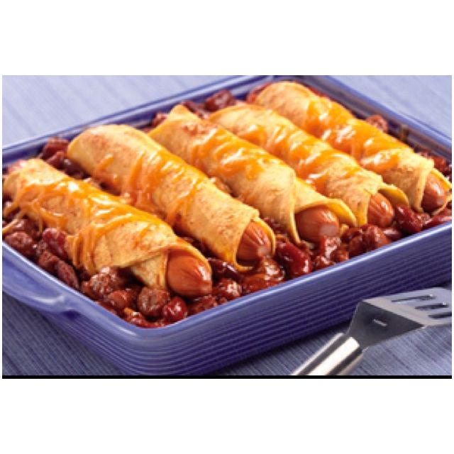 Chili dog casserole... Kids ate it up and so did daddy!!