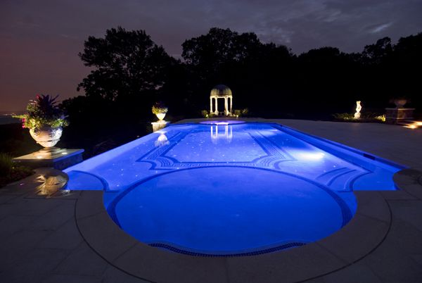 Tips On Common Pool Shapes Outdoortheme Swimming Pools Choosing Shape