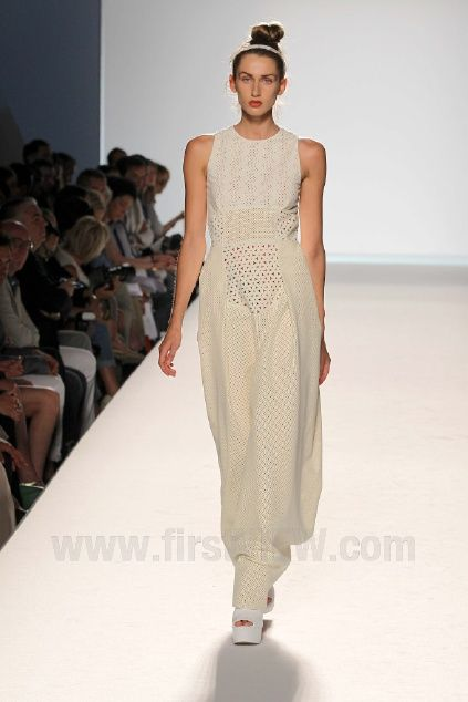 Barbara Casasola Fall 2012 Couture