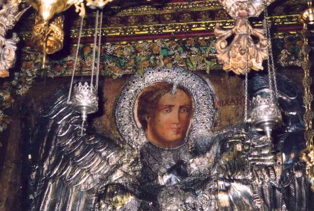 ΠΑΝΟΡΜΙΤΗΣ: Μπουκάλι με τάμα και χρήματα με προορισμό τη Σύμη «βγήκε» στην  Κρήτη #ΕΚΚΛΗΣΙΑΣΤΙΚΑ #ΠΑΡΑΞΕΝΑ | Orthodox icons, Archangels, Best icons