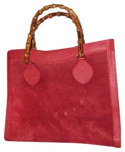 9514e4a1ff9 Gucci Extra Large Size Or Tote Multi-compartment Restored Lining Great Pop  Of Color Satchel in red suede and leather with bamboo handles
