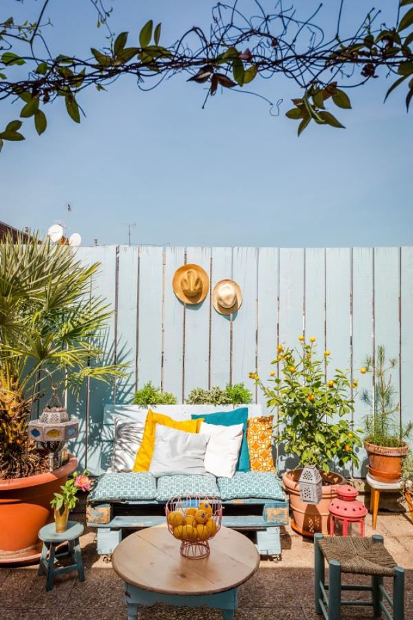 Tablillas En L Terraza Con Chat De Vino Tonos Casa