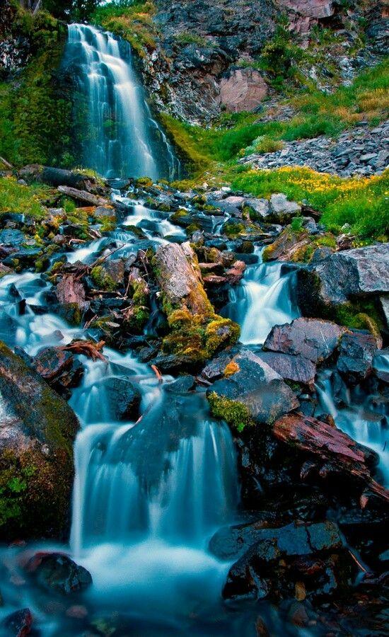 Plaikni Fall, Crater Lake National Park Southern Oregon, USA