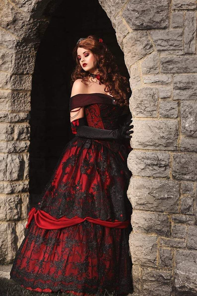 Gothic Belle Red Black Lace Bridal Gown Vintage Laceup