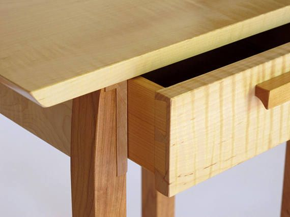 Best Bed Side Table With Drawer Narrow Wooden Table 640 x 480