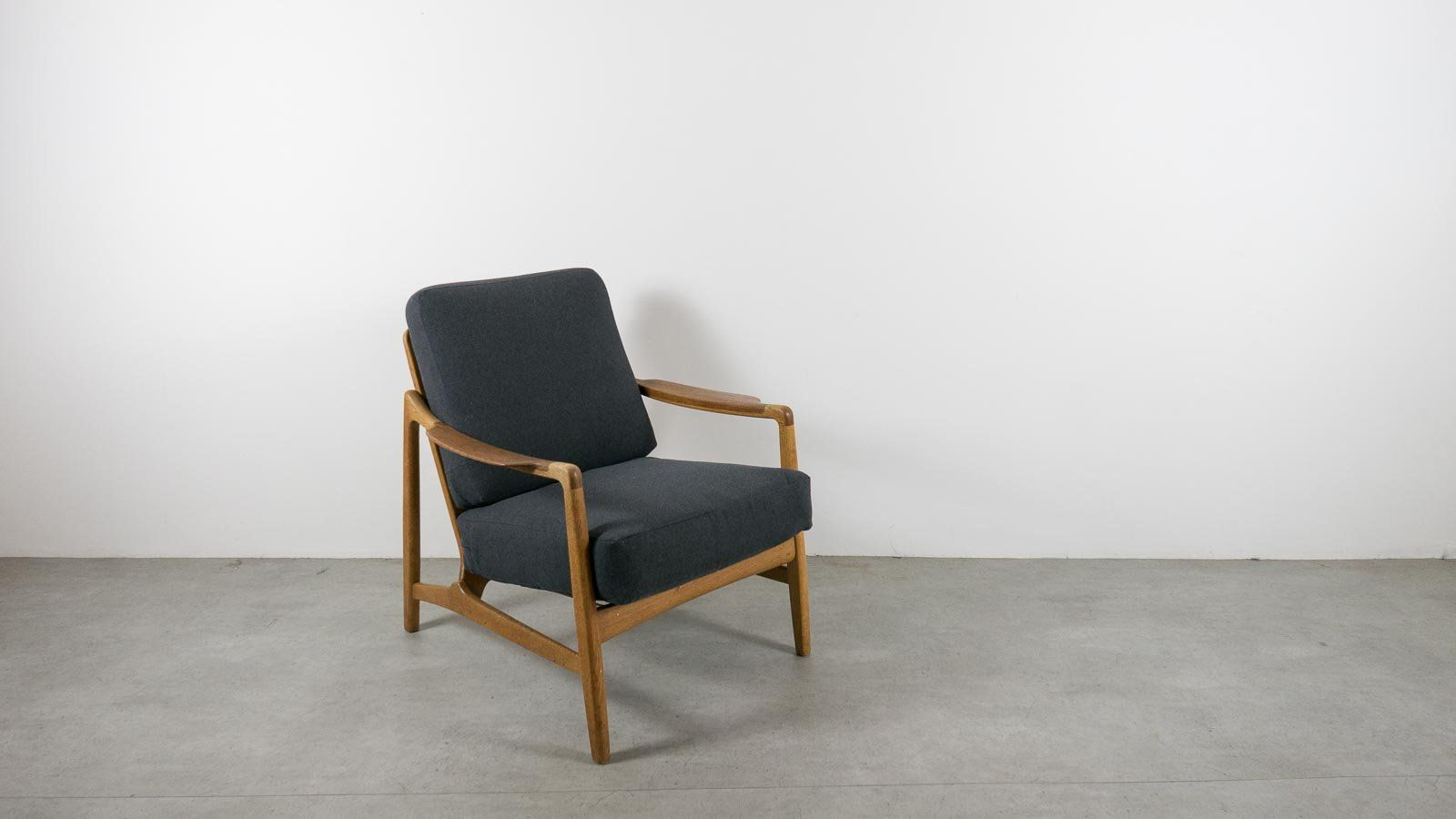 EBTD | Tove & Edvard Kindt Larsen Lounge Chair for France & Daverkosen – everythingbutthedog