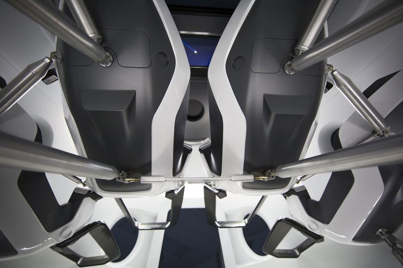 Spacex S Crew Dragon Capsule Looks Like A Luxury Sports Car With