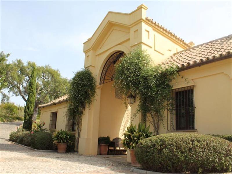 Villa De Lujo En Una De Las Zonas M S Exclusivas De La