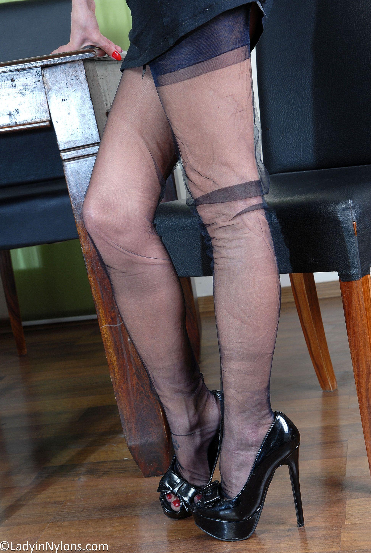 Love this high heels und nylons deserved load