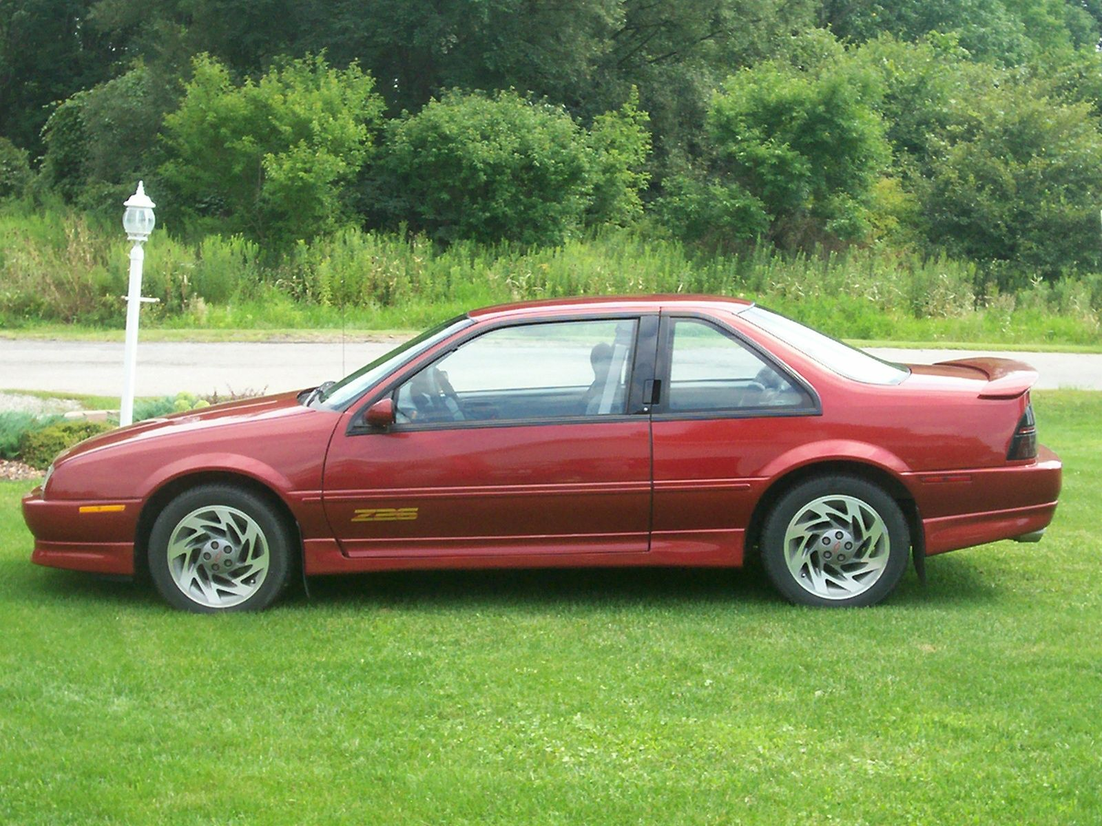 medium resolution of 1996 chevrolet beretta 2 dr z26 coupe