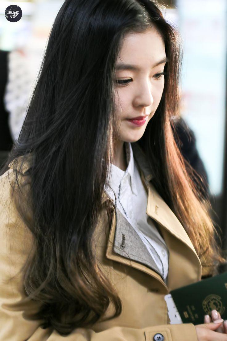 Pin oleh Djemboed. di Irene | Model pakaian, Gadis cantik