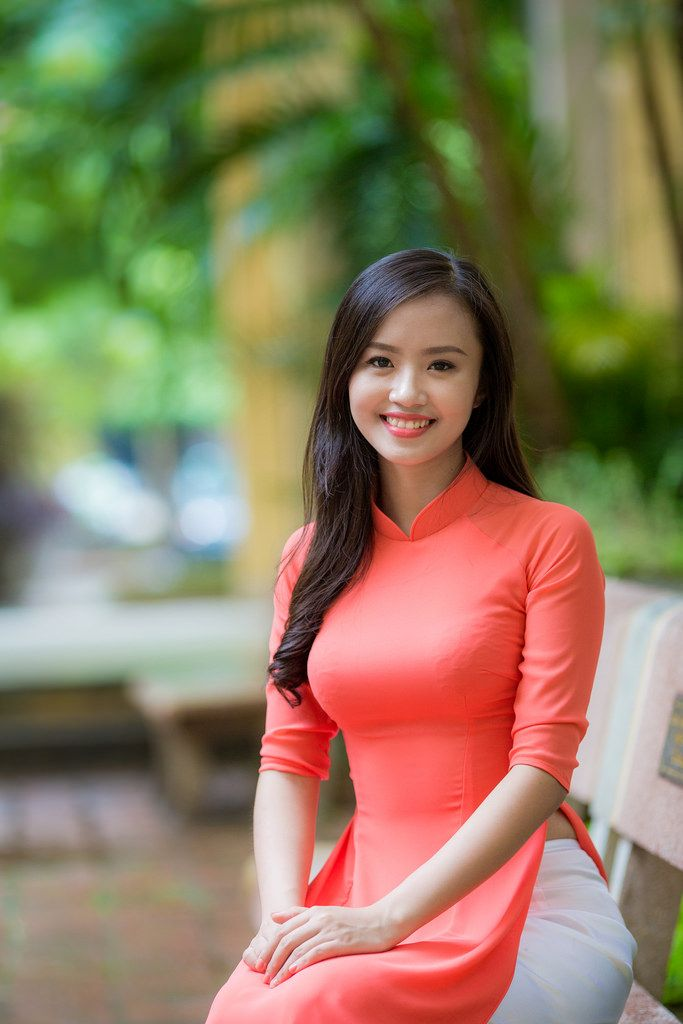 sunshine single asian girls Find perfect chinese women or other asian ladies at our asia dating site asiandatecom with the help of our advanced search form women from all asian countries including china, japan, thailand, etc are.