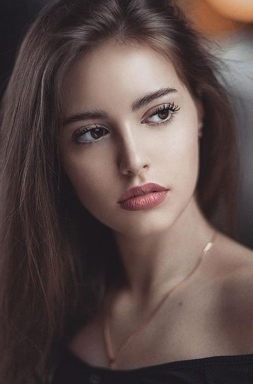 Instagram   Brunette beauty, Beautiful girl face, Beauty girl