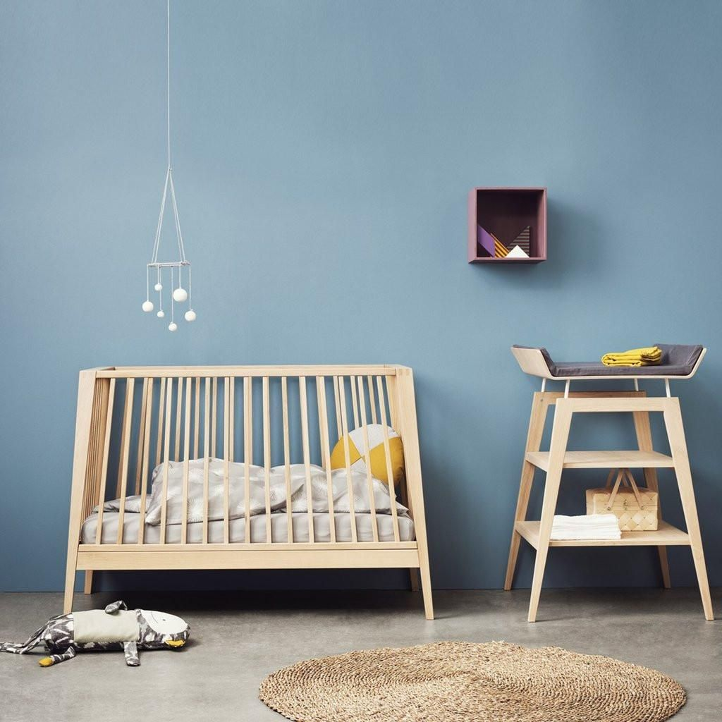 leander linea babybett aus eichenholz 60x120. Black Bedroom Furniture Sets. Home Design Ideas