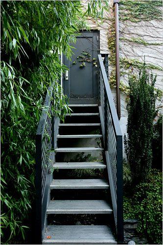 Rethinking A Brownstoneu0027s Backyard   The New York Times U003e Home U0026 Garden U003e  Slide Show