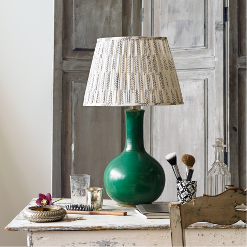 Nellie table lamp in green lighting pooky
