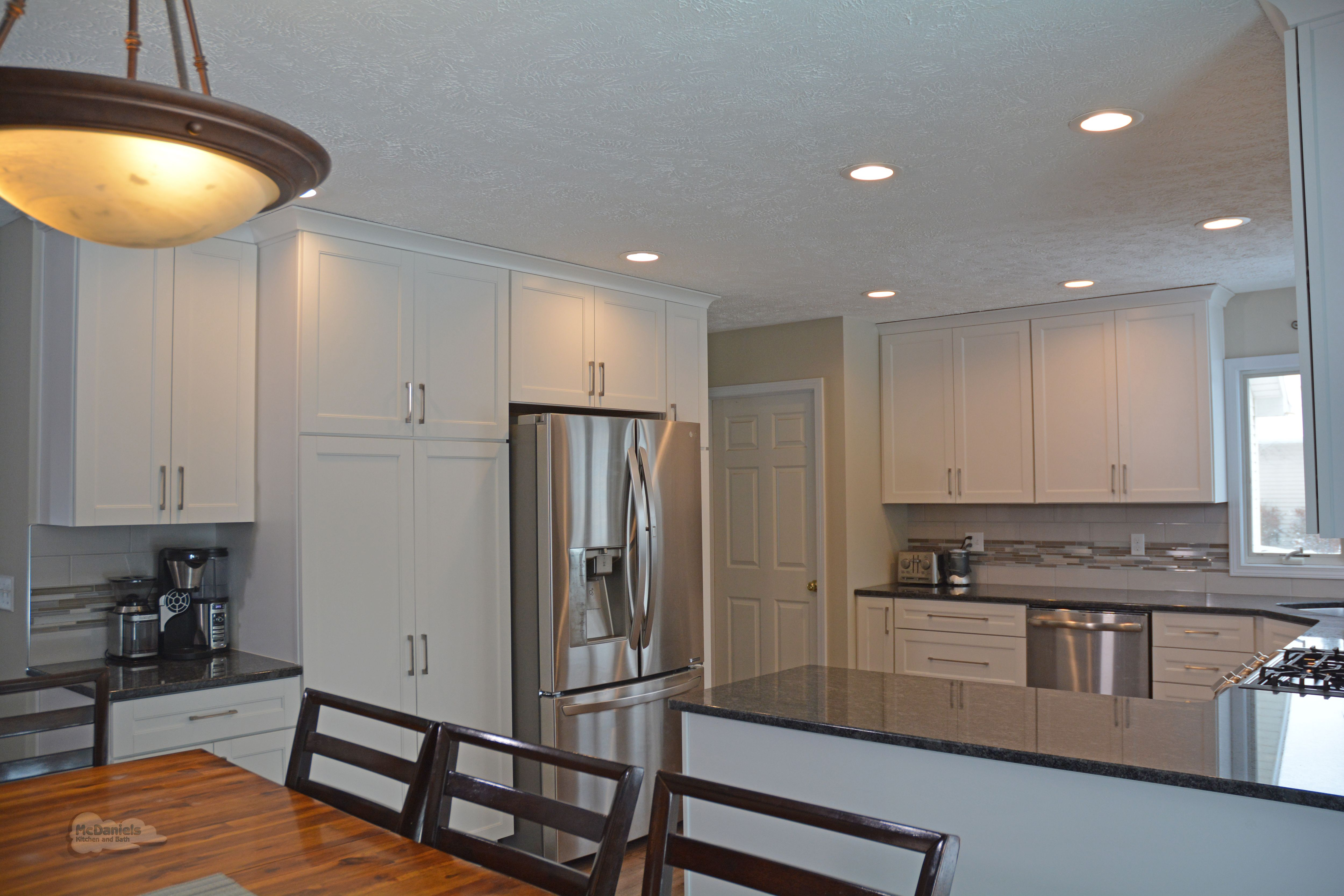 Best This White Shaker Kitchen Design Is A Bright Space 640 x 480