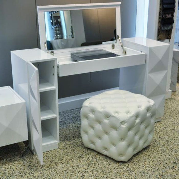 Eva White Lacquer Vanity Table Dcg Stores Bedroom Vanity Table Vanity Table Modern Vanity Table