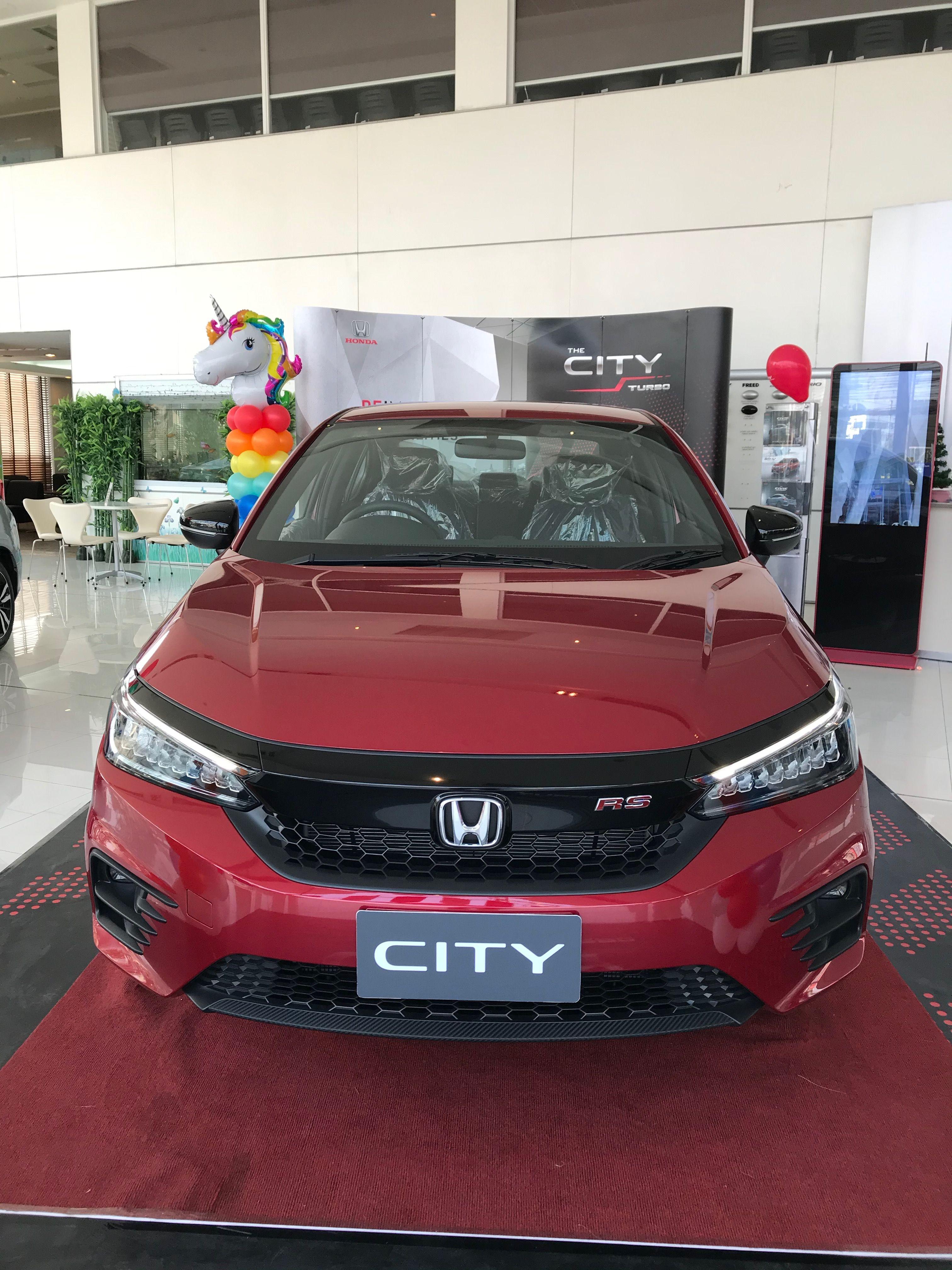 Honda City Rs 2020 17 Lakh India Exclusive Real Life Review In 2020 Honda City Honda Compact Cars
