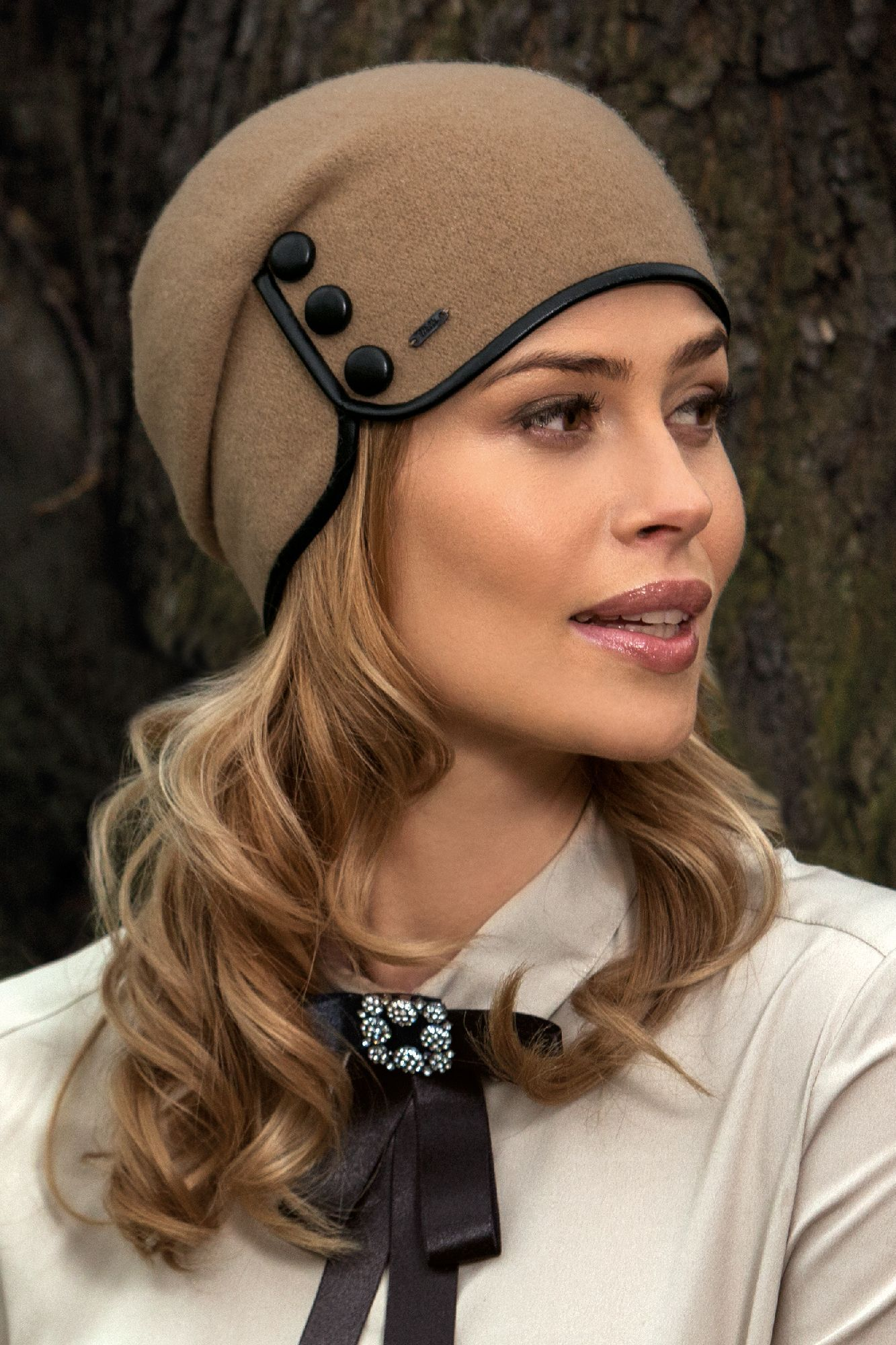 Ladies Hat Applique  Patch Iron On New Bonnet Women's Hat Fashion Brown Green