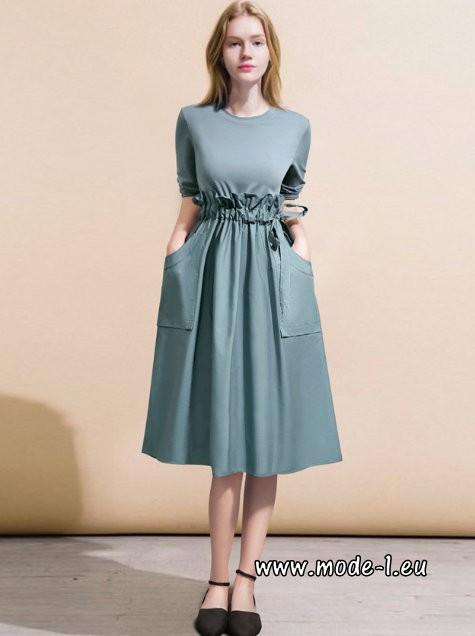 Elegantes A Linie Plus Size Kleid Knielang Hellblau bis 5 ...