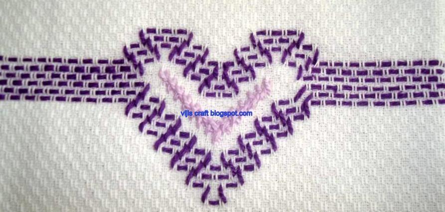 Huck+embroidary-1.jpg (893×426) | Swedish weaving | Pinterest ...