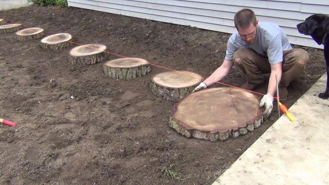 Photo of How to Make a Simple Garden Path DIY