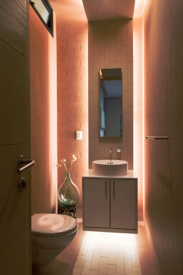 indirekte versteckte beleuchtung bad paneele spiegel sanftes licht - badezimmer beleuchtung decke