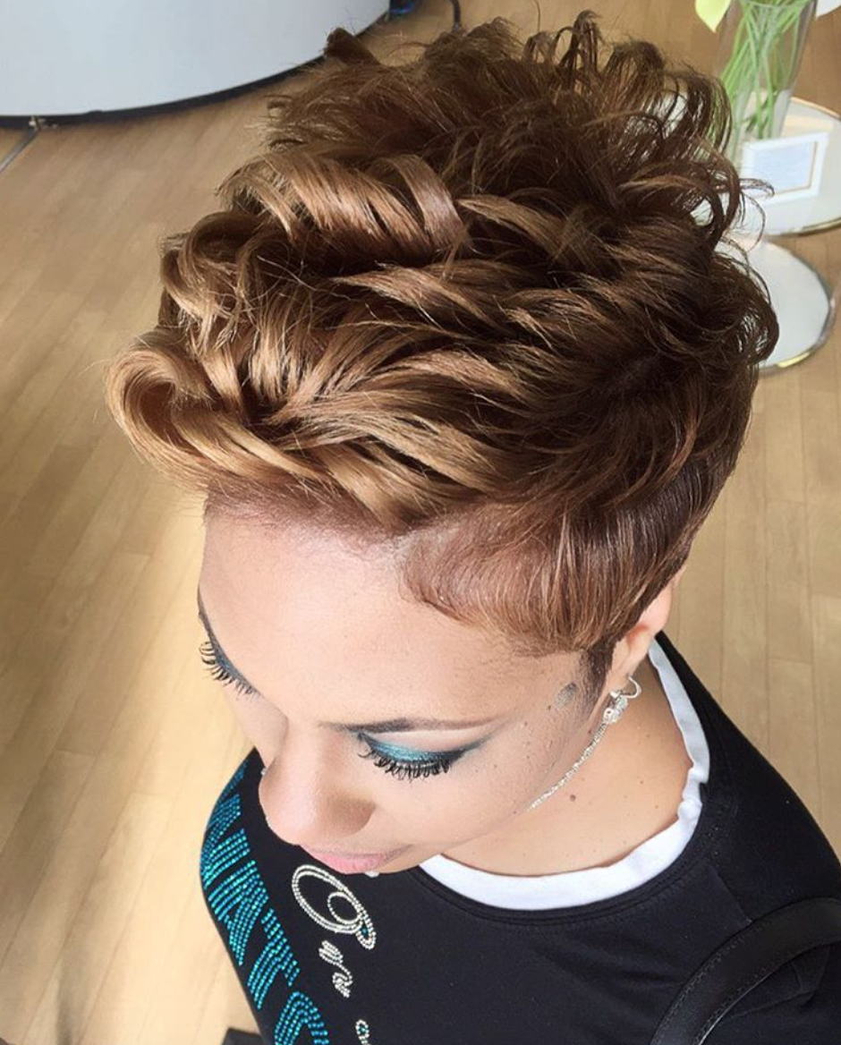 Ombre hair color trends is the silver grannyhair style short