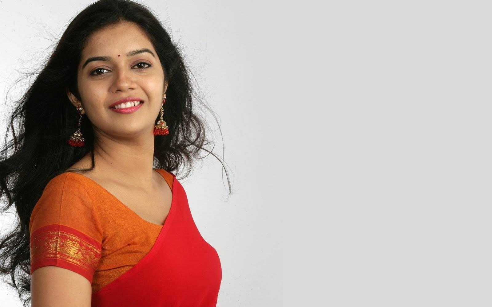 colours-swathi-legs-young-babes-with-nice-buts
