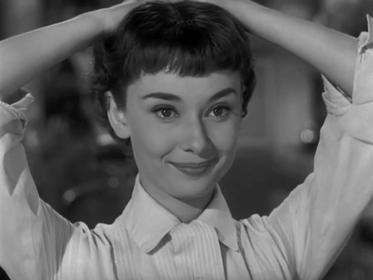 Pin By Rafael Maldonado On Audrey Hepburn Audrey Hepburn Pixie Audrey Hepburn Roman Holiday Audrey Hepburn Hair