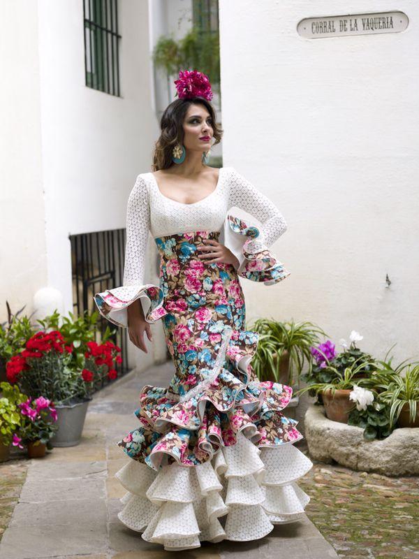 b59d83489 Modelo Sendero | Regional en 2019 | Trajes de flamenco, Flamenco y ...