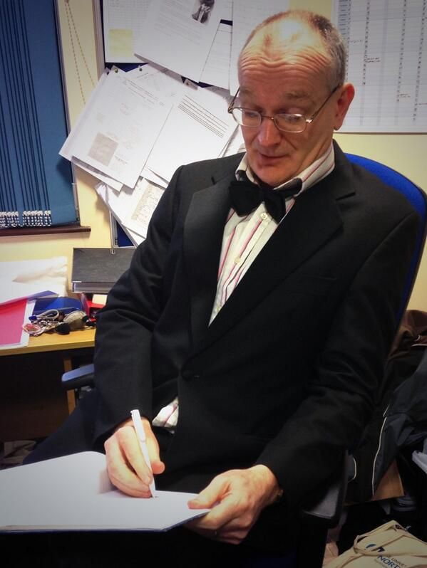 Kardi Somerfield @kardisom 30 Jan 2014 Northampton, England  Mr Timms a little more formal than usual helping out 2nd yr #AdStudents video project by lending his tux #TeamEffort