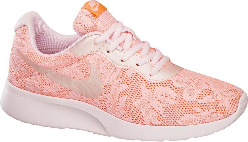 Nike Sneaker Tanjun Pink Fur Damen Der Sneaker Tanjun Von Nike Verfugt Uber Eine Funktionale Lightweight Sohle Die Jeden Schrit Sneaker Damen Sneaker Nike