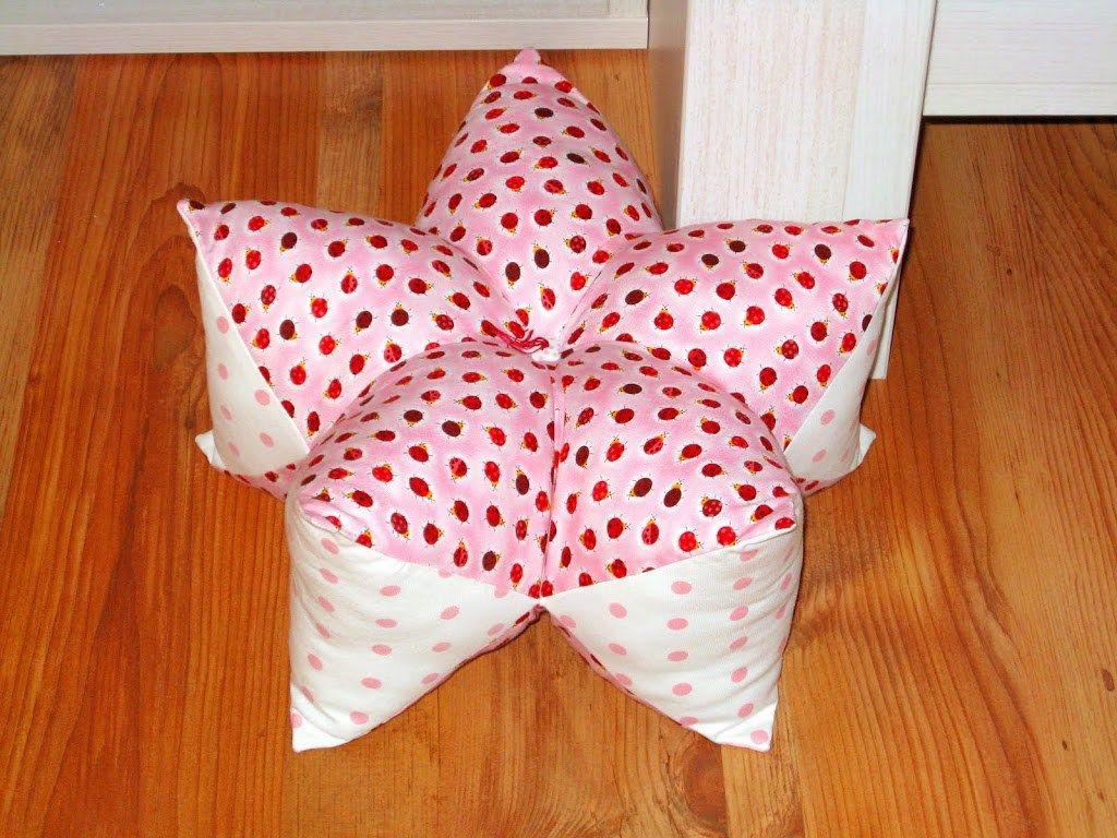 diy anleitung sternenkissen pillows kissen n hen sternenkissen. Black Bedroom Furniture Sets. Home Design Ideas