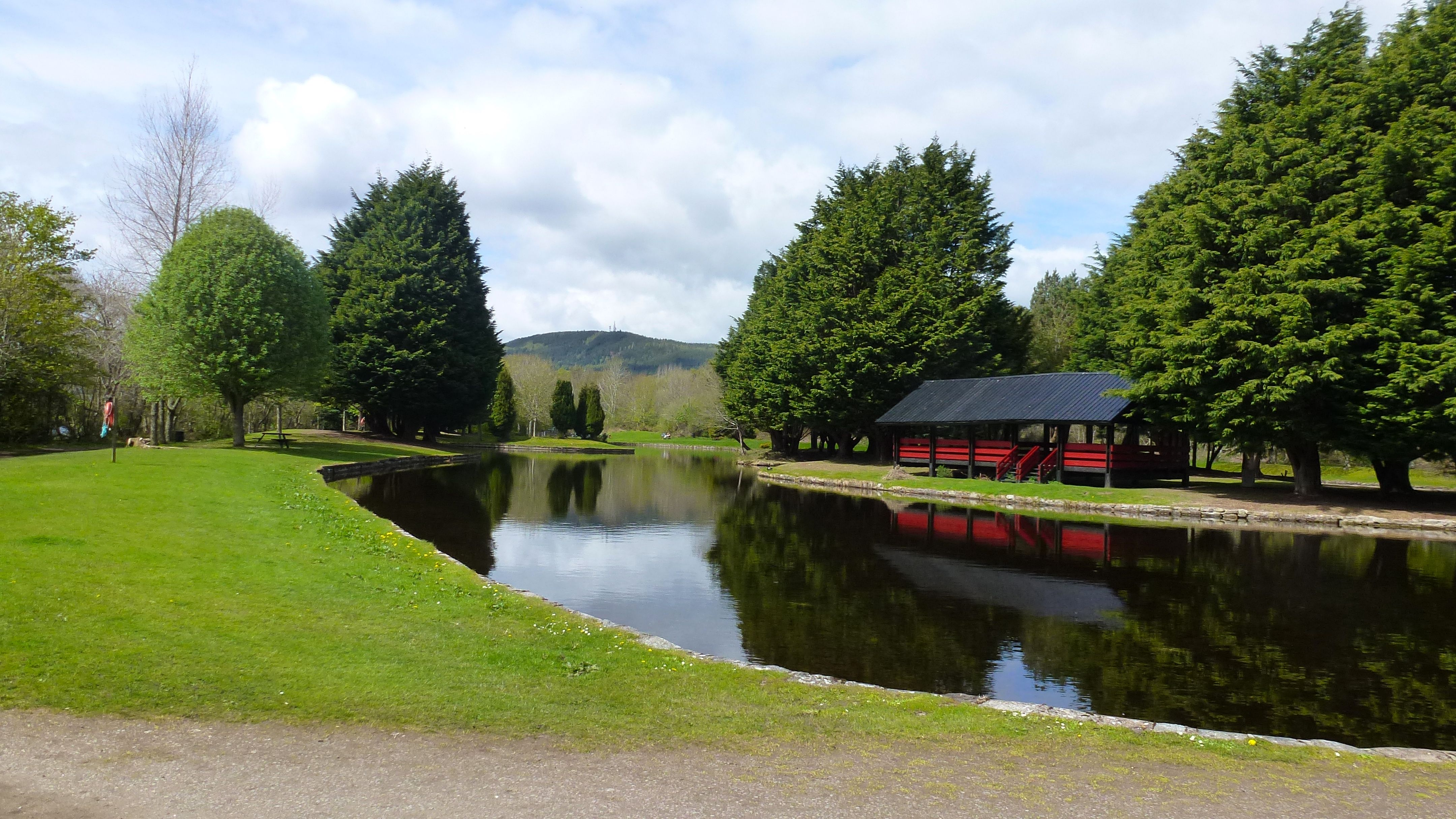 Whin Park Inverness A Great Park And Boating Pond For Kids Inverness Country Roads Park