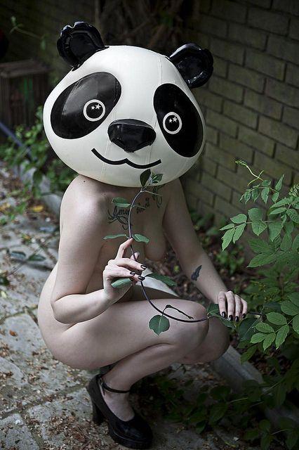 girl nude mask - Buscar con Google