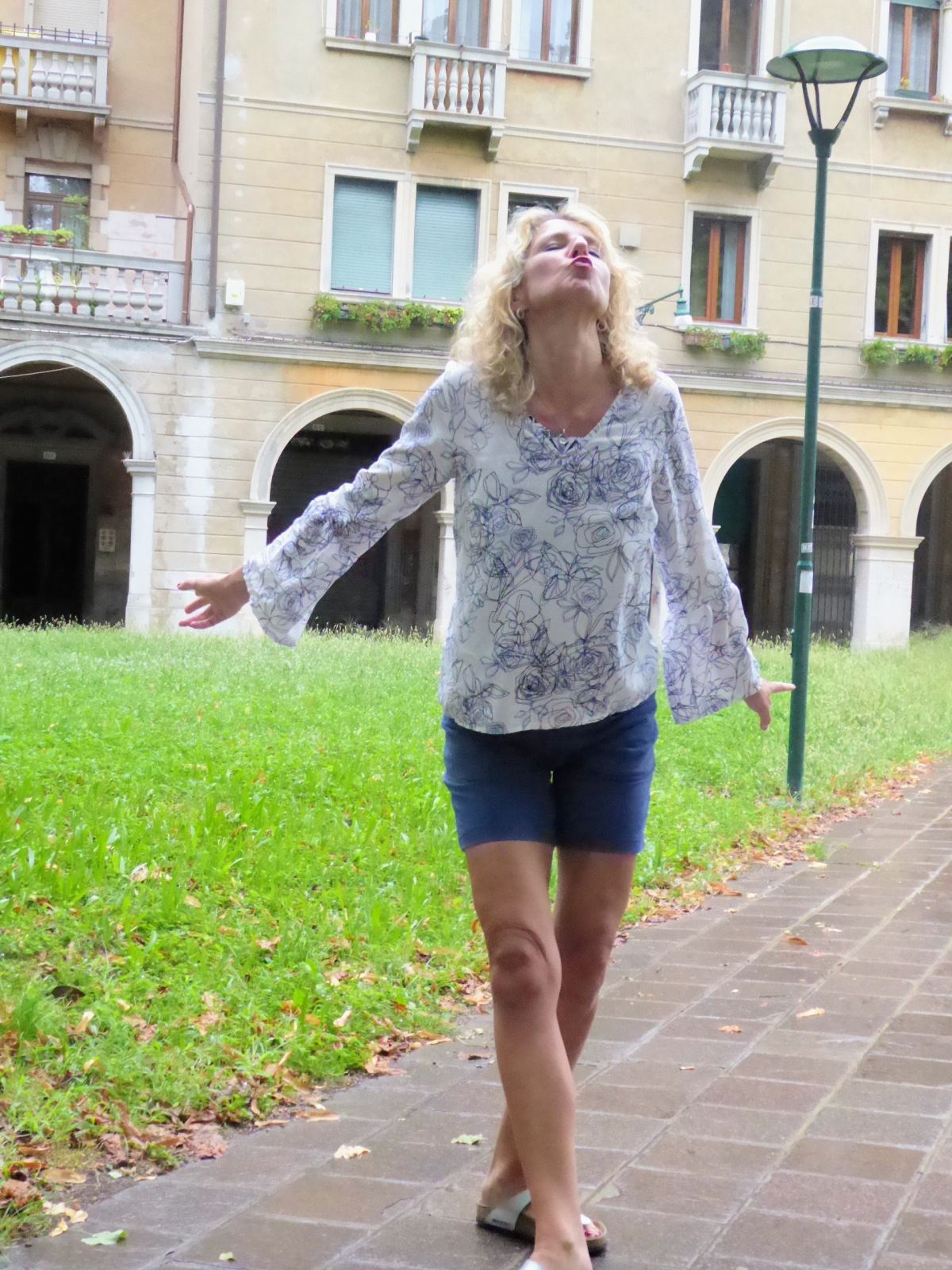 Mit Janis in Venice | Boho bluse, Italienreise und Schnittmuster bluse