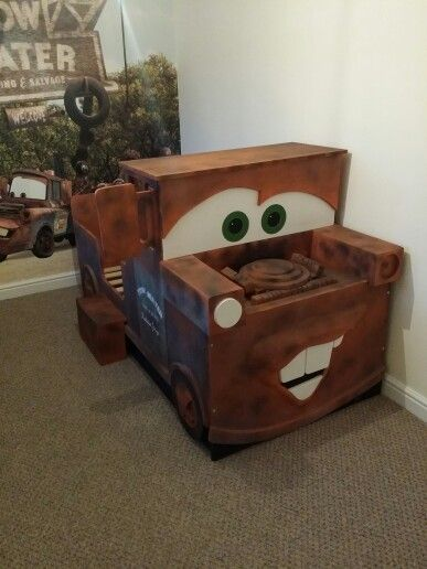 Tow mater cars (With images) | Kids room, Kid beds, Pallet ...