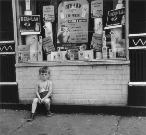 hell's kitchen, c.1950's - by vivian cherry