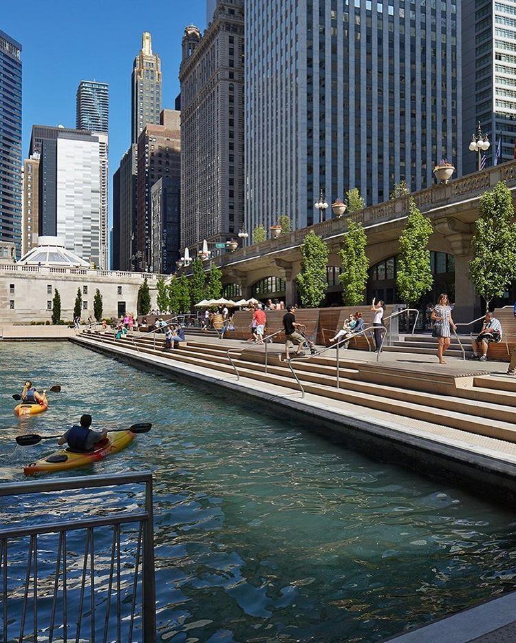 Chicago Riverwalk Chicago Department Of Transportation Kate Joyce Studios O Projeto Chicago Riverwalk Uma Iniciativa Para Projetos