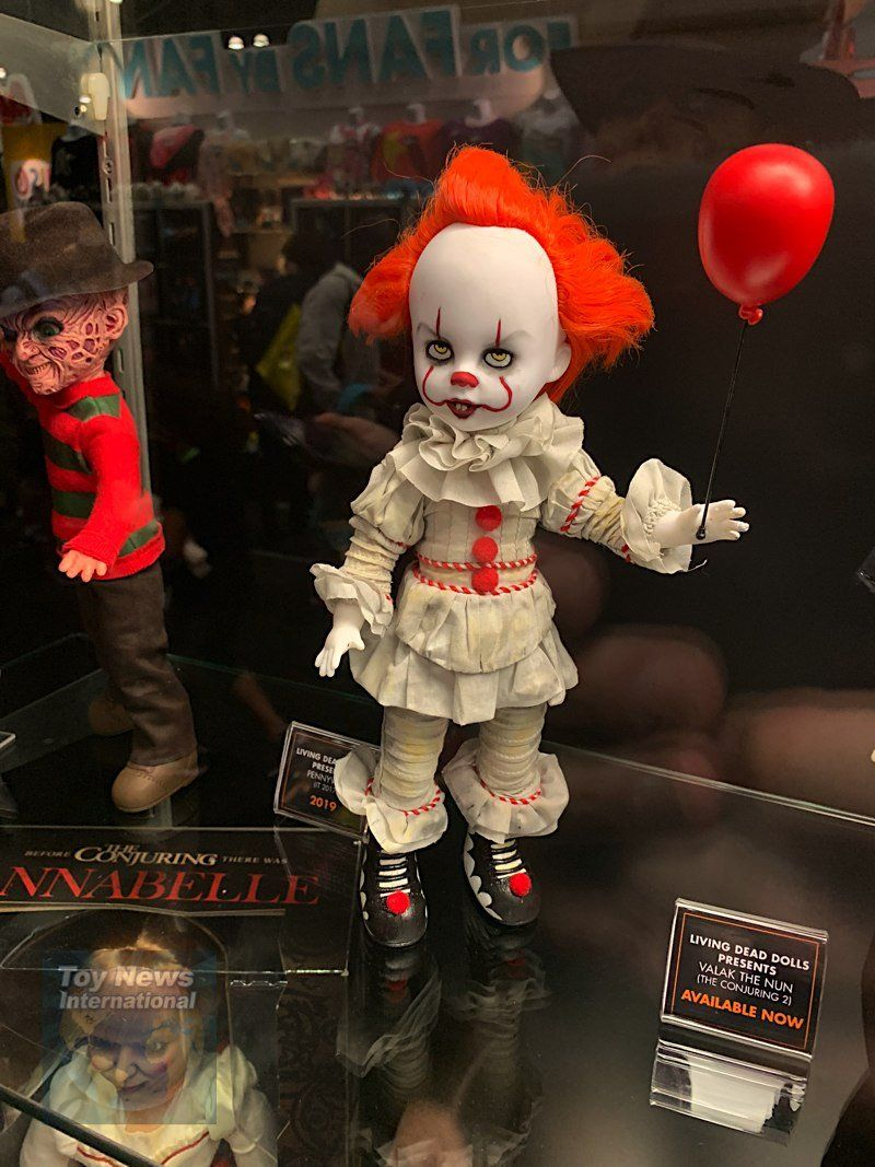 Pennywise Living Dead Dolls IT