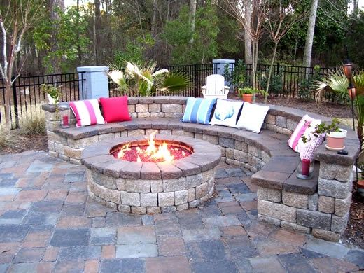 Nice patio/firepit idea... Great for winter and summer nights after pool  time!! ::) - Nice Patio/firepit Idea... Great For Winter And Summer Nights After