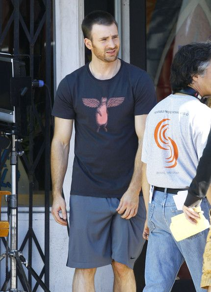 Chris Evans Photos Photos - Actor Chris Evans and actress Michelle Monaghan film…