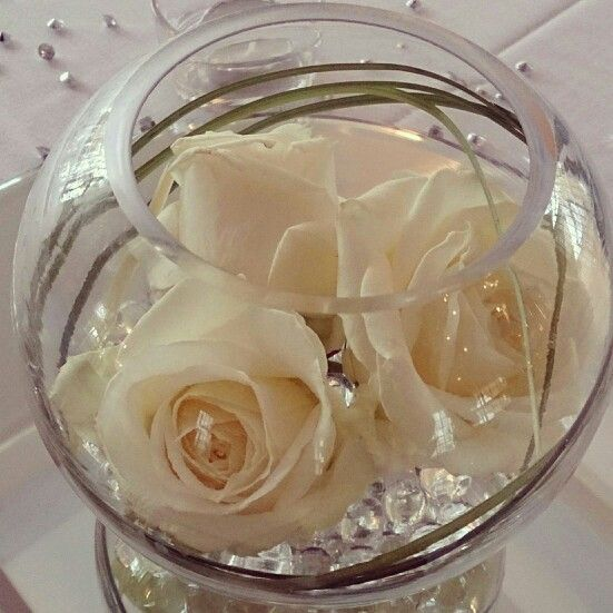 Fish Bowl Wedding Centrepiece Ideas: Its Nice And Low And Simple But Pretty