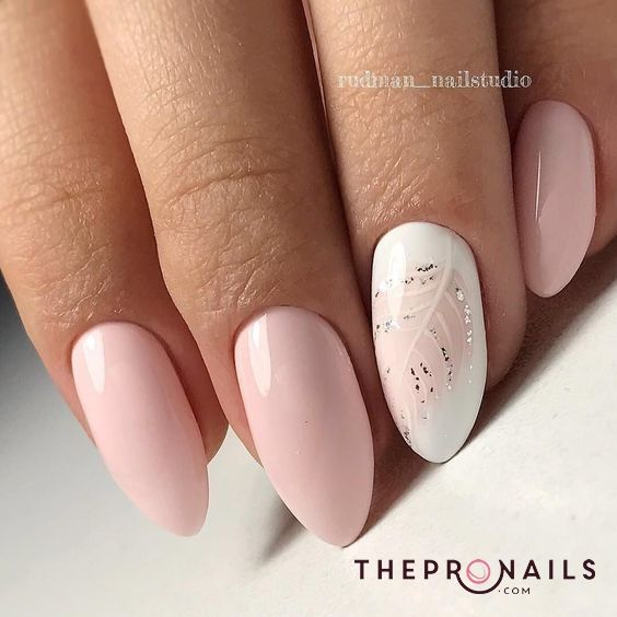 Lovely elegant nails for Autumn #simple #elegant #pink #floral ...