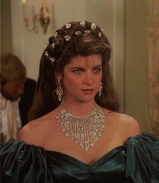 young pretty kirstie alley she is actress her pictures
