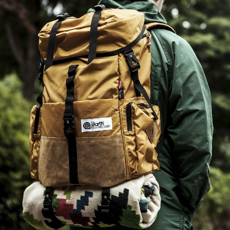 The Earth Outdoor 30l Rucksack Laptop Pocket Organising Pockets